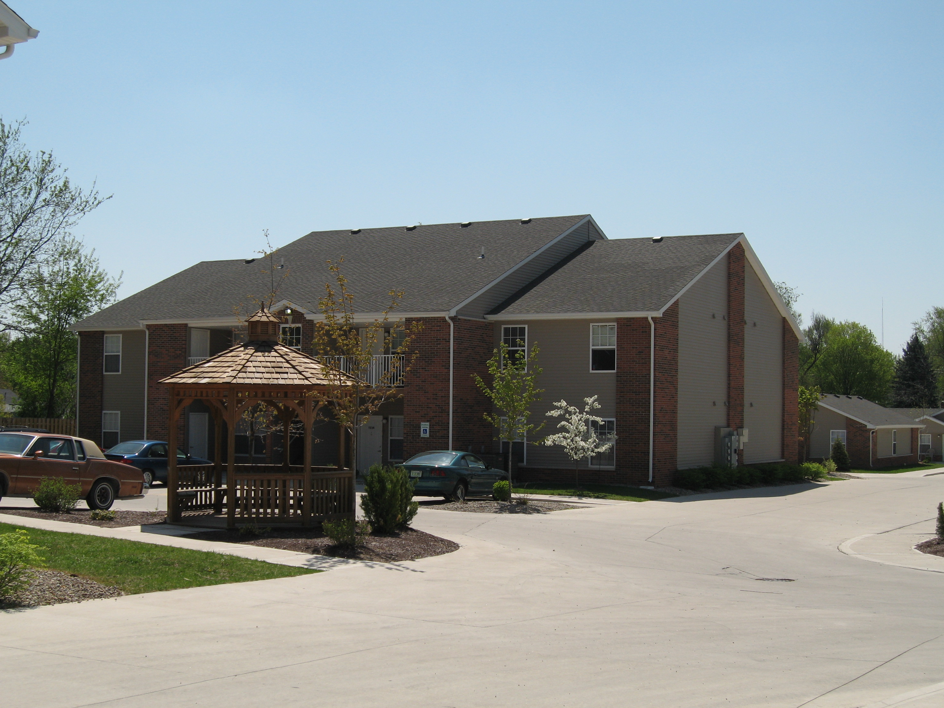 Tyler Terrace Apartment Association Of Fort Wayne