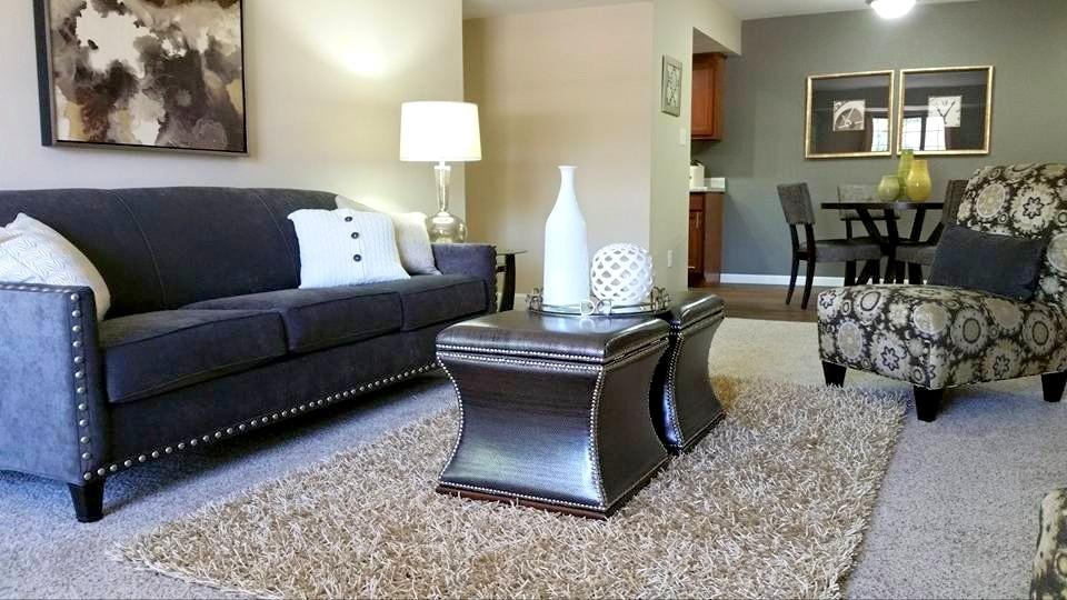 Car Rental Fort Wayne: Canterbury Green Apartments For Rent Apartment Rentals