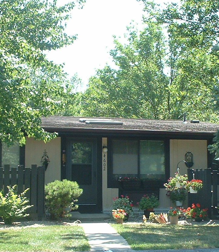 Montrose Square Apartments For Rent Northeast Fort Wayne